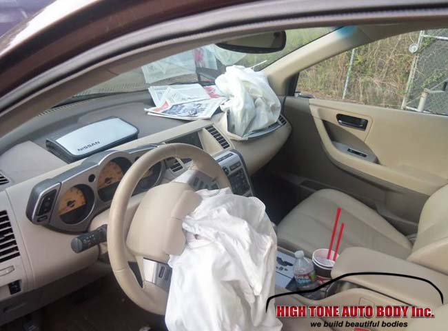 Airbags went off at collision of a deer running in front of SUV